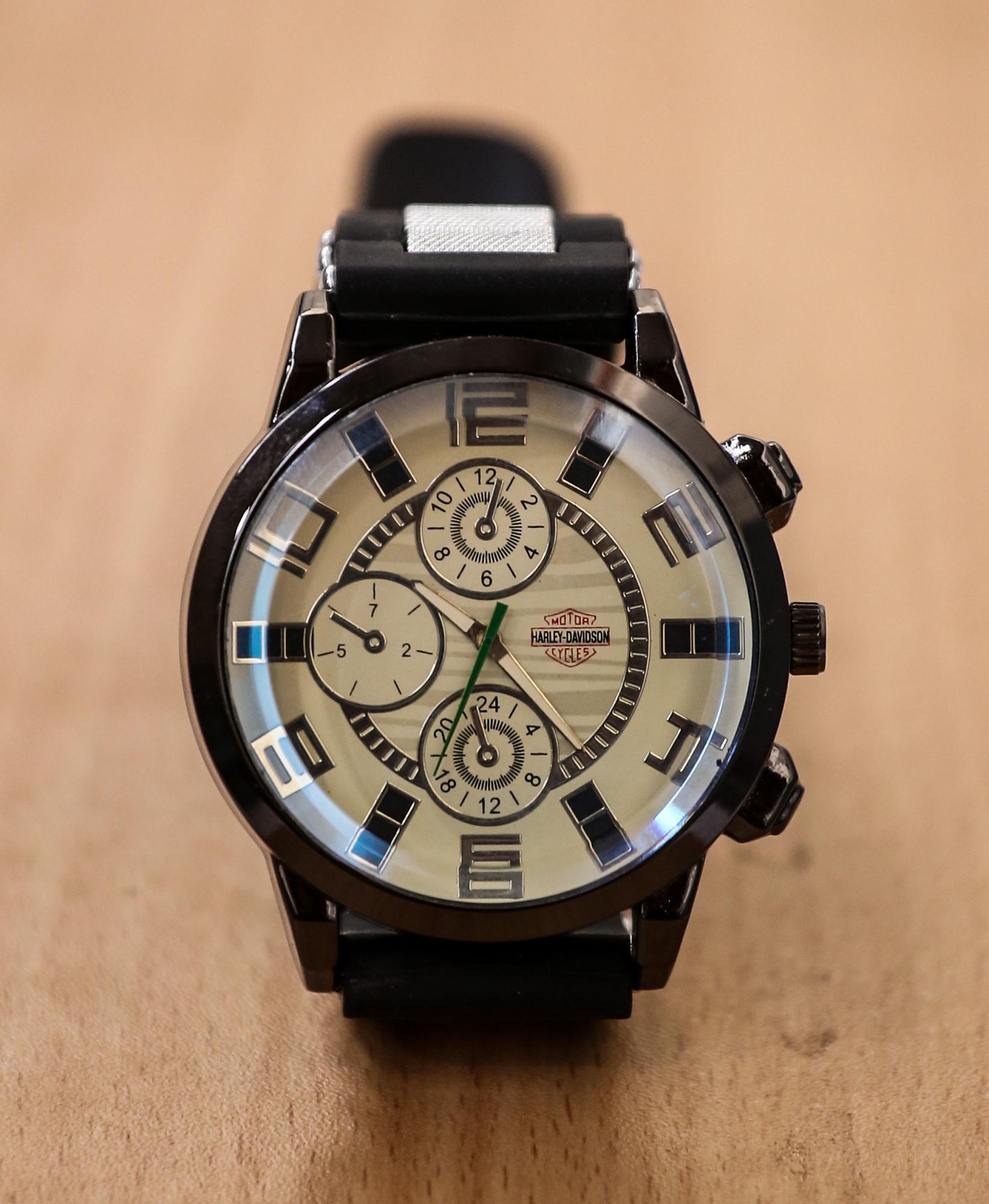 41ec74f27af Black Leather Analog Watch For Men: Buy Online at Best Prices in ...