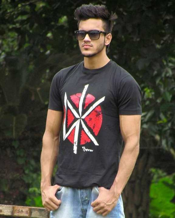 Cotton Casual T-Shirt for Men - Black and Red