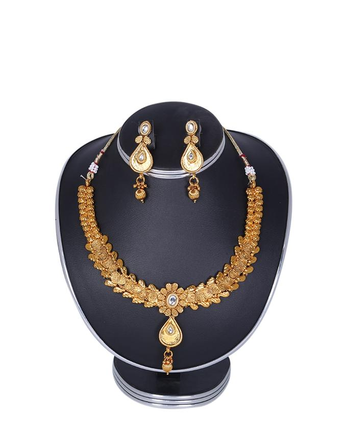 Gold Plated Jewellery Set For Women - Golden