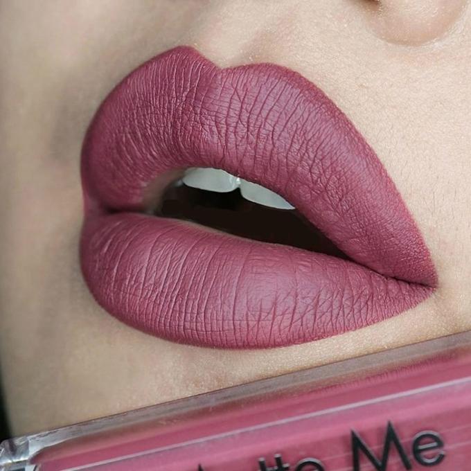 MakeUP Matte Me Lip Gloss - Velvet Slipper