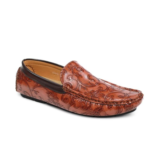 d8c9062d81b Buy Sky Sea,Roger and Gallet Slip-Ons & Loafers at Best Prices ...