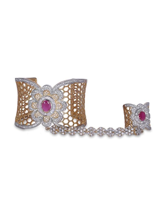 Diamond Cut Bangle For Women - Golden Magenta
