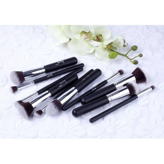 T058 10 PCs Kabuki Series Brush Set - Black and Silver