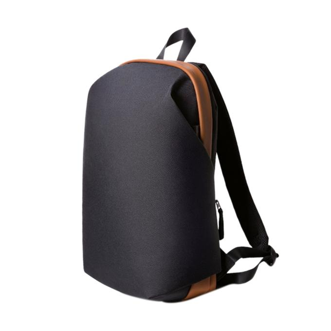 Black Polyester Fashionable Stylish Backpack for Men