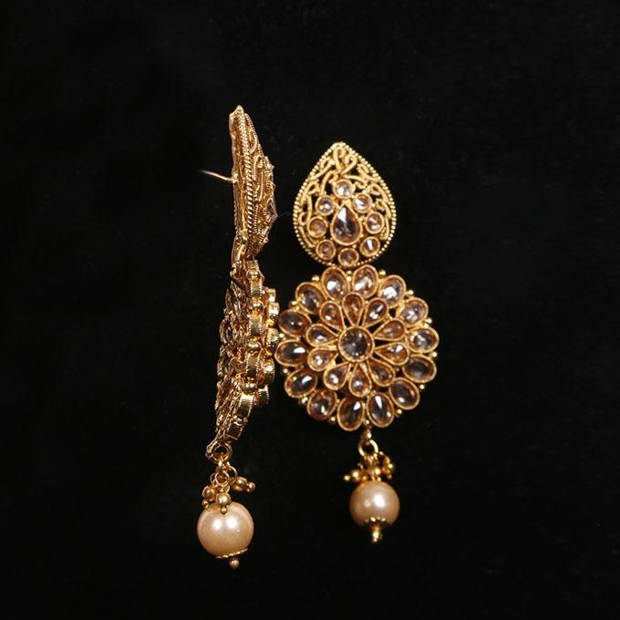 Golden Kopar And Stone Jewellery Set For Women