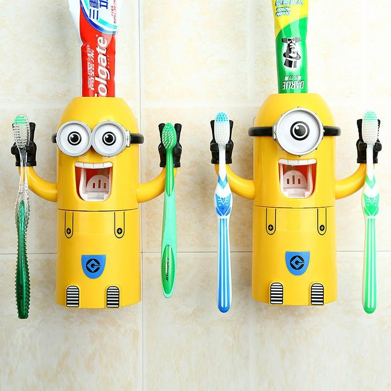 Minion Wash Kit Automatic Toothpaste Dispenser with Brush Cup - Yellow