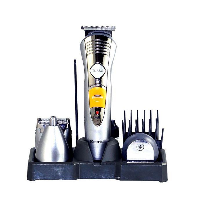 Combo of 7in1 Trimmer and Shaver with Nose and Ear Hair Trimmer