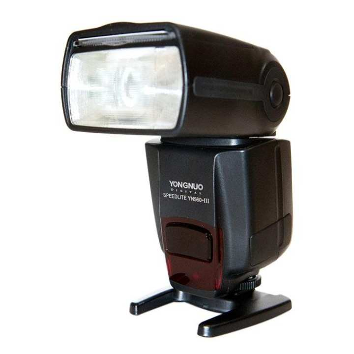 Speedlite Flash with Integrated 2.4-GHz Receiver for Canon and Nikon and Pentax and Olympus and GN58 YN560-III - Black