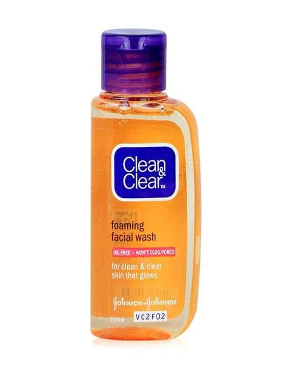 Foaming Facial Wash for Women - 100ml