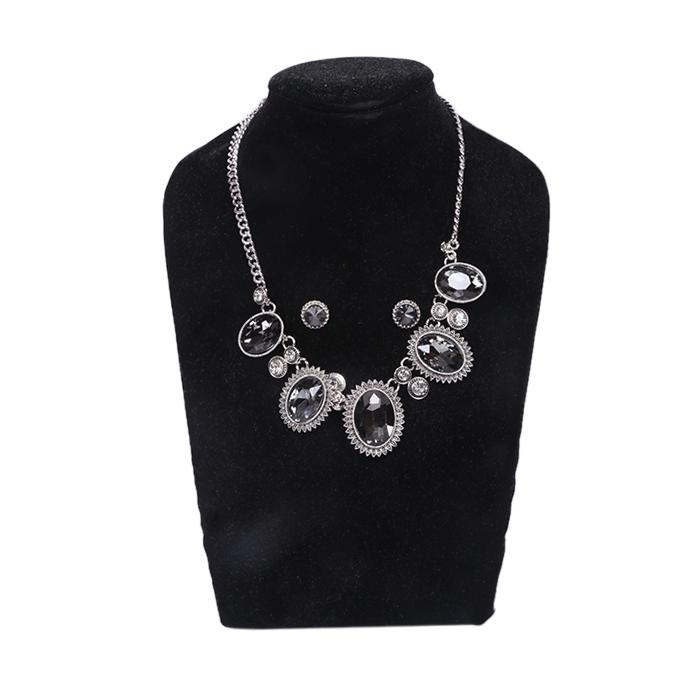 Silver Metal And Stone Jewellery Set For Women
