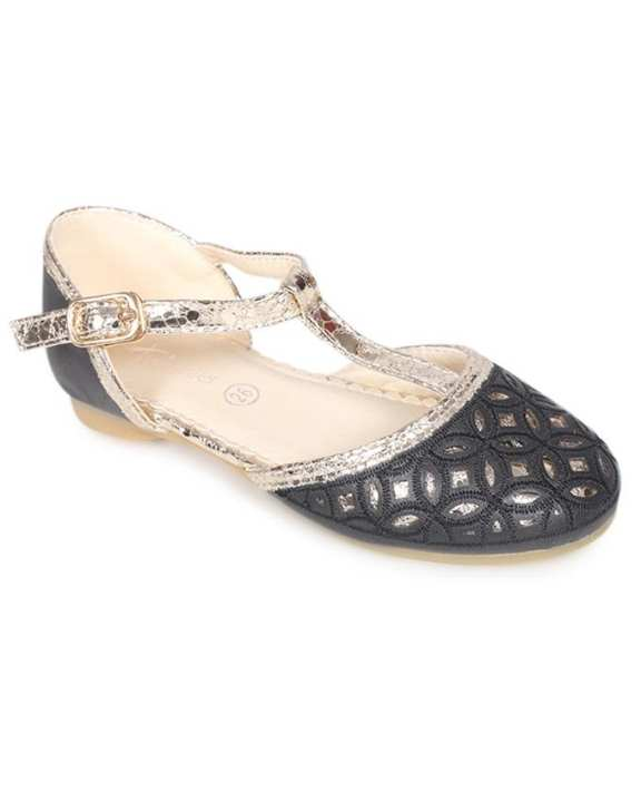 Twinkler Black Smooth Leather Casual Sandal for Girls
