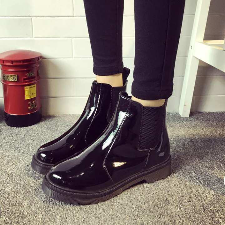 Classic Women's Leather Round Toe Shoes Low Heels Ankle Boots Rainboots Chelsea black