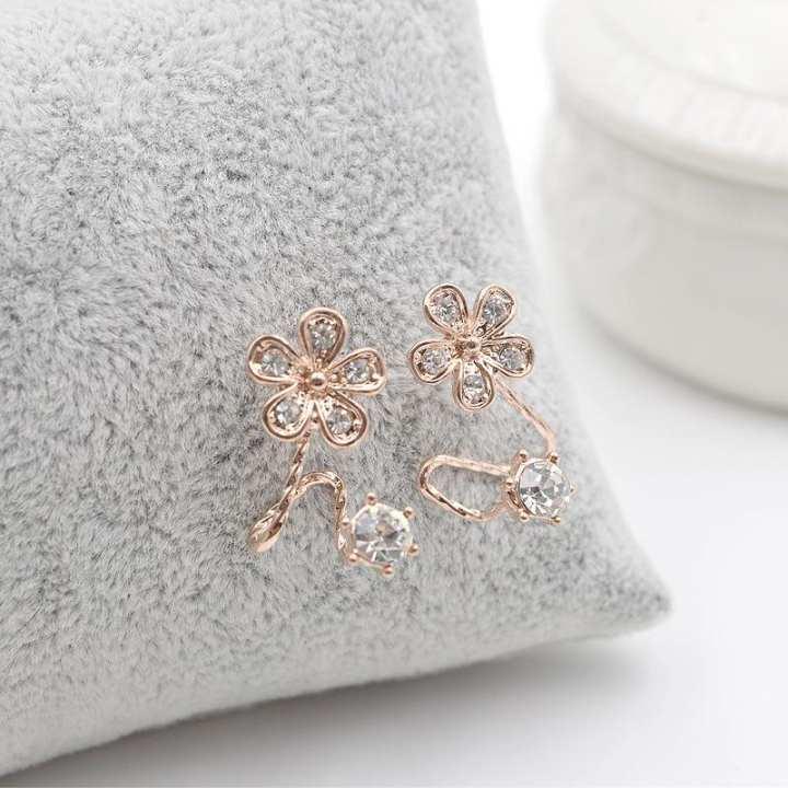 Women Ear Clip Piercing Free Rhinestone Flower Design Stud Earrings