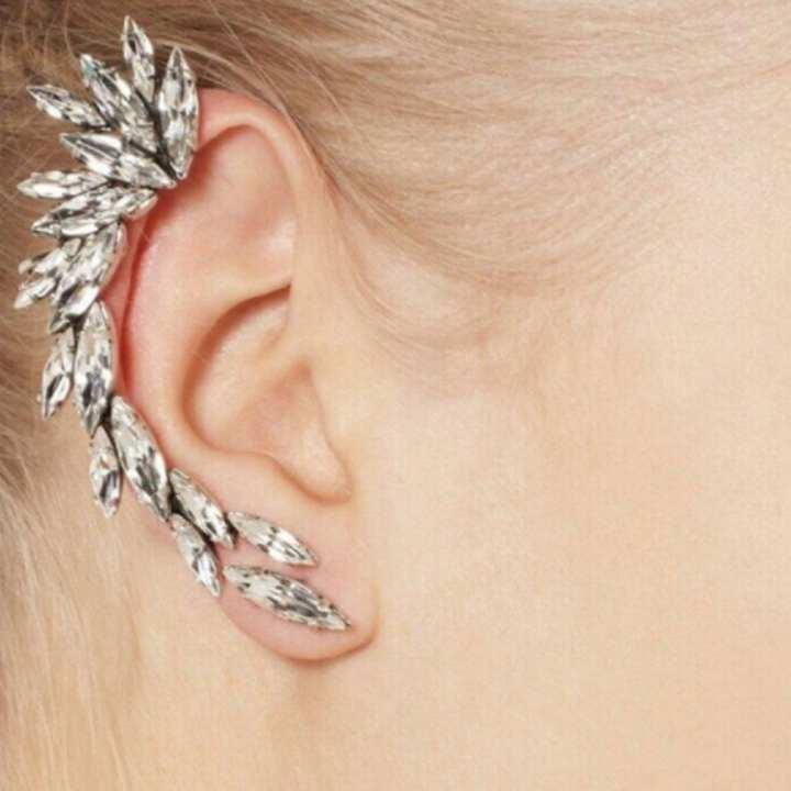 UR Fashion Stud Earrings Creative Shining Ear Clip Jewelry