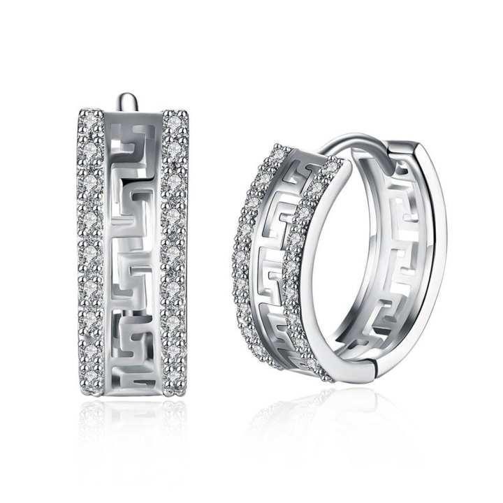 UR Fashion Hollow Great Wall Pattern Ear Clips Earrings For Women With Zircon